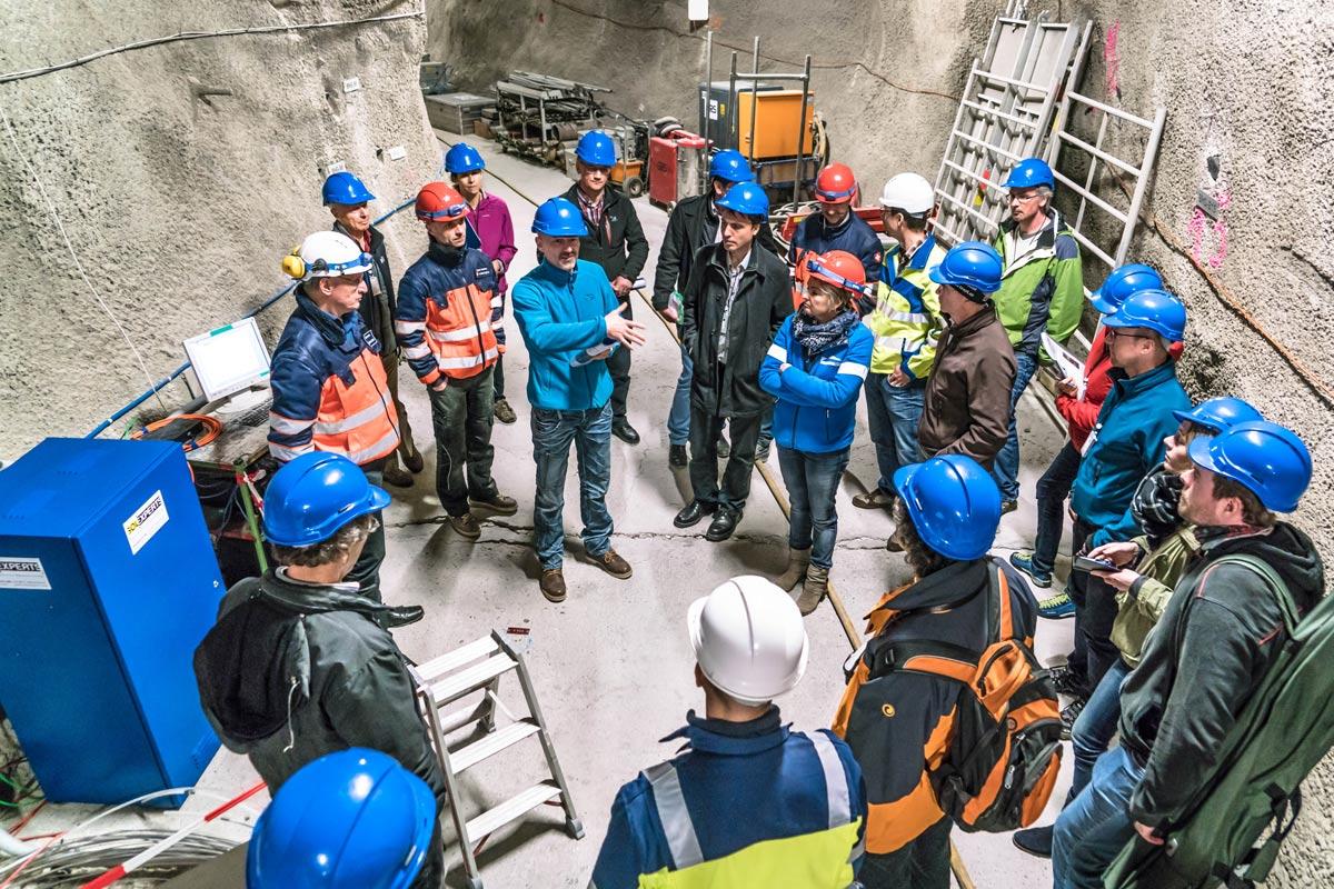 Nagra-Besucherkoordinator Heinz Sager am Referentenseminar im Felslabor Mont Terri
