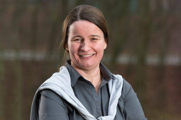 Irina Gaus: «In meinem Arbeitsalltag kommt bestimmt keine Langeweile auf. Unsere Forschungs- und Entwicklungsarbeiten decken zahlreiche interessante Wissenschaftsbereiche ab.»