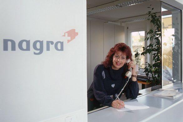 Seit fast 26 Jahren empfängt Gerda Wernle Gäste und Besucher bei der Nagra. Bild: Beat Müller
